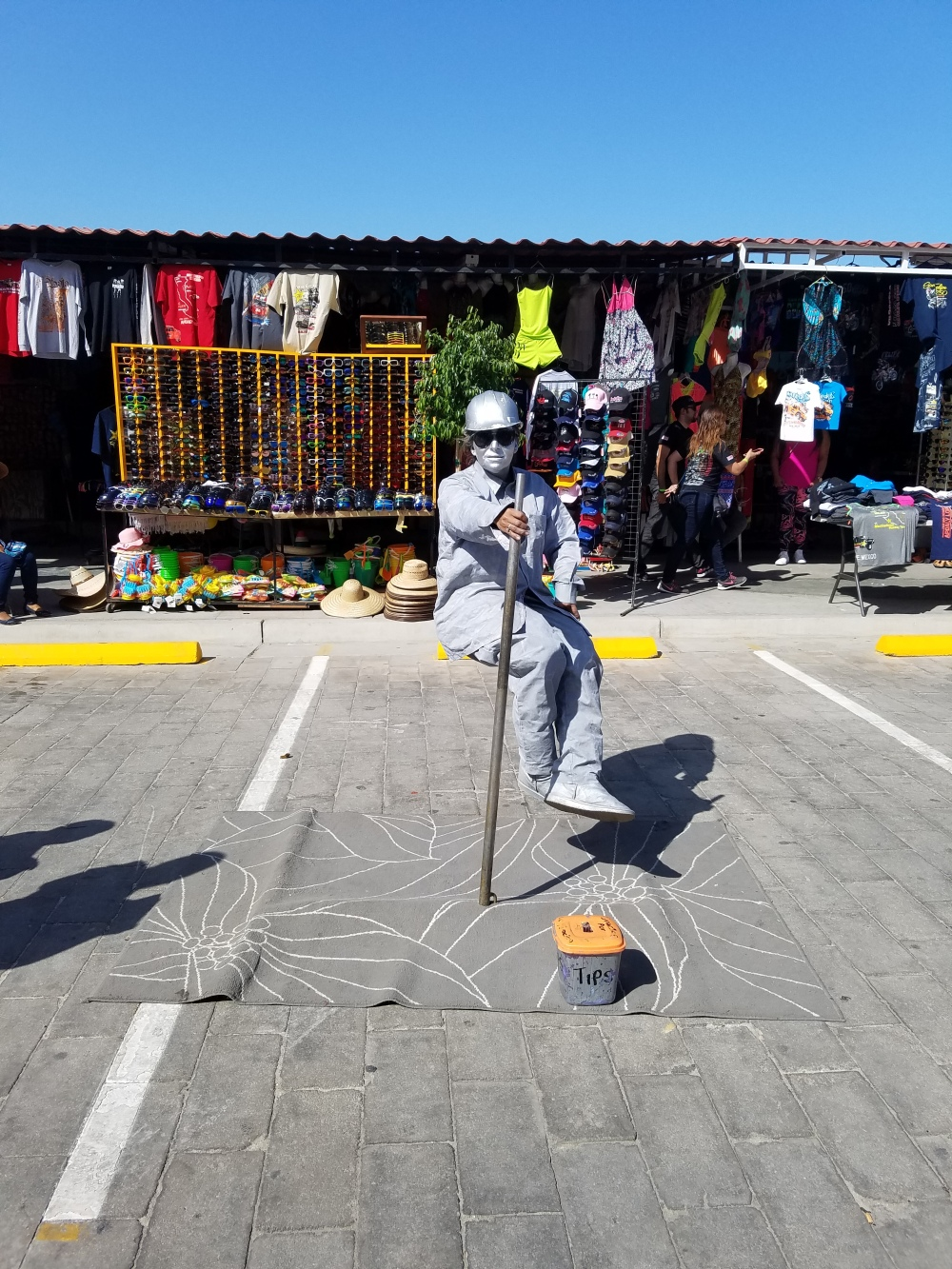 Street performers entertain the crowds on the malecon at the San Felipe 250